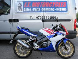 HONDA CBR 125 RW-9 2009 Only 3678 miles! HRC tri colour, Great condition!